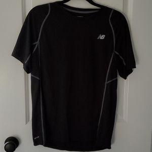 New balance exercise shirt black size medium
